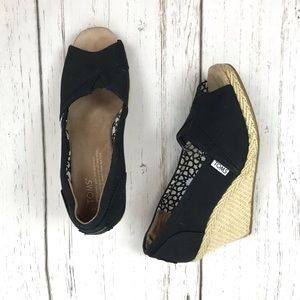 TOMS Black Canvas Open Toe Espadrille Wedge Sz 7.5